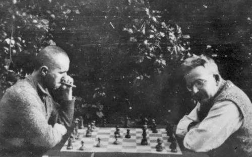 brecht_chess_1